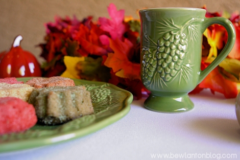 Pinecone Embossed Mug